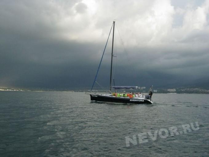 прогулка на яхте Геленджик
